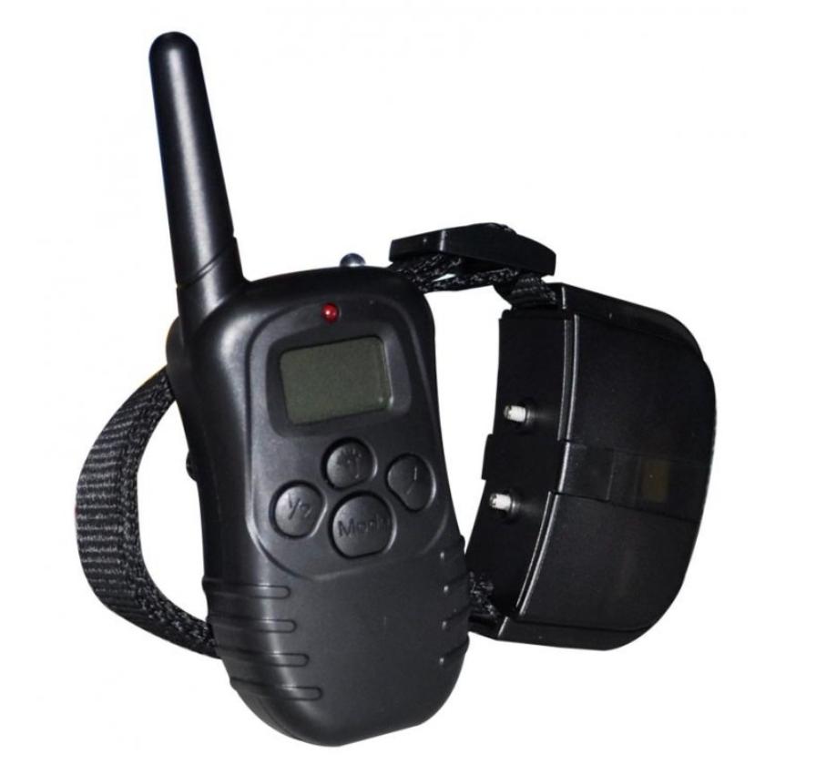 Petrainer PET998D - základní elektronický výcvikový obojek s dosahem až 300 m.