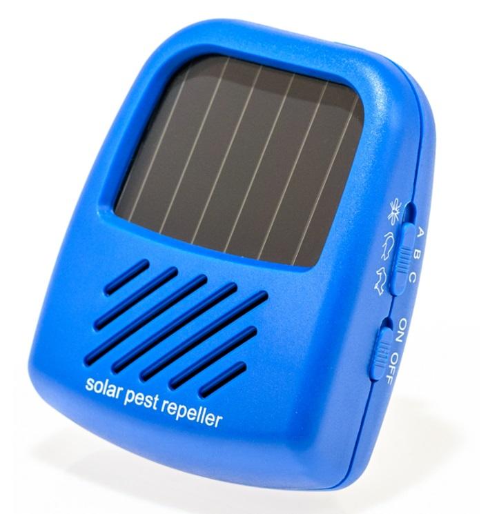 Solární ultrazvukový odpuzovač kun, hlodavců a hmyzu s akumulátorem.