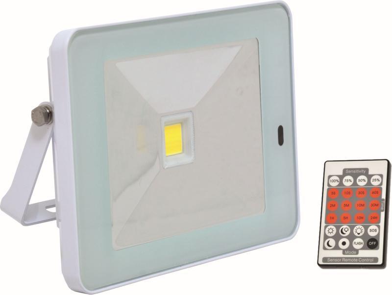 Reflektor LED 10W - 800 lm - na plašení kun s PIR čidlem a dálkovým ovládáním