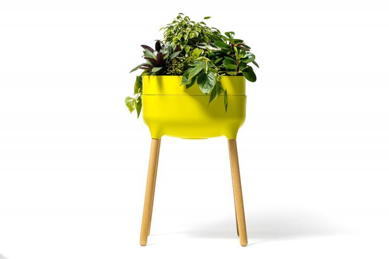 Vysoká samozavlažovací pěstební nádoba Urbalive - světle zelená